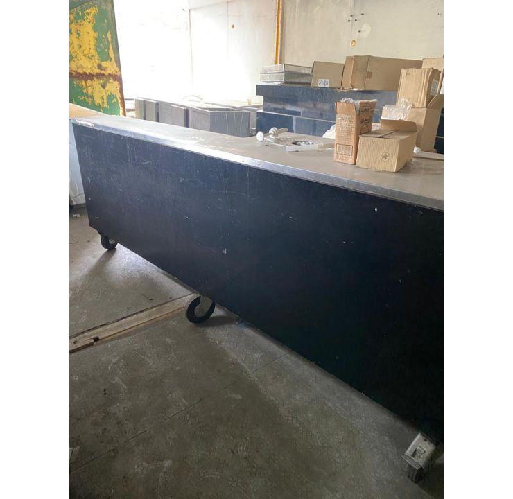 Grand comptoir de bar mobile pour terrasse